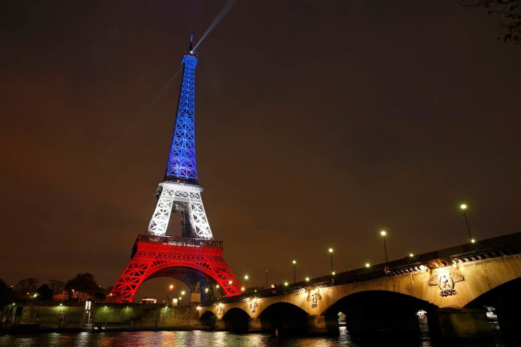 Eiffel Tower displays French patriotism after the November 13, 2015 terror attacks